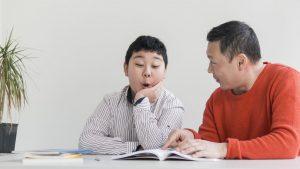 Phonics tutor teaching phonics to a student